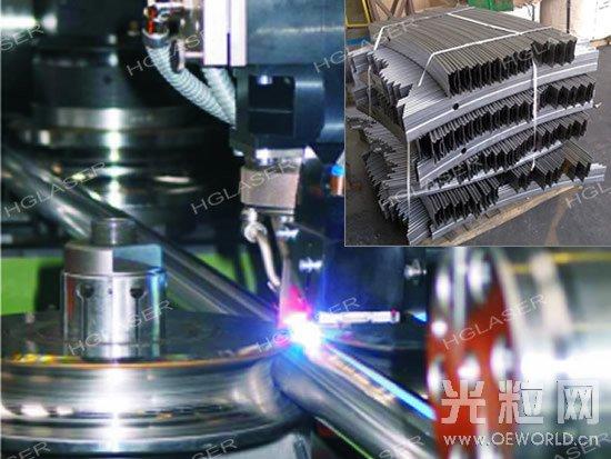 """厚膜集成电路激光调阻   激光再制造   某些车用模具使用年限过久就会出现磨损,从而影响使用。若这个模具价值昂贵,报废的话非常可惜。然而通过激光熔覆增量制造的方式,在工件表面熔上冶金粉末,可使其规格复原,然后再进行打磨,工件就可以重新利用了,这种工艺技术被称为""""激光再制造""""。激光再制造只需花费较少资金,就能让昂贵的模具""""起死回生、变废为宝"""",并且性能超越以往,这一先进的""""激光再制造""""技术无疑能为企业节约成本、减少浪费,为企业创造"""